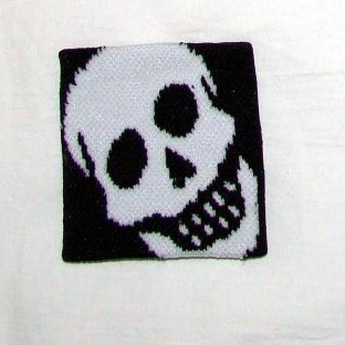 Muñequera White Skull